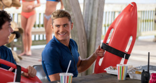 (L-R) Jon Bass as Ronnie and Zac Efron as Matt Brody in the film BAYWATCH by Paramount Pictures, Montecito Picture Company, FlynnPicture Co., and Fremantle Productions