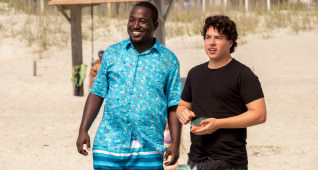 (L-R) Hannibal Buress as Dave and Jon Bass as Ronnie in BAYWATCH by Paramount Pictures, Montecito Picture Company, FlynnPicture Co., and Fremantle Productions