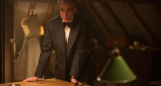 "Daniel Day-Lewis stars as ""Reynolds Woodcock"" in writer/director Paul Thomas Anderson's PHANTOM THREAD, a Focus Features release. 