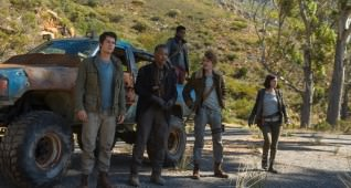 "L-r, Dylan O'Brien, Giancarlo Esposito, Thomas Brodie-Sangster,  Rosa Salazar and Dexter Darden (truckbed) in Twentieth Century Fox's ""Maze Runner: The Death Cure."""